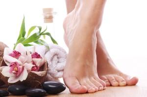 трещины на ступнях причины и лечение