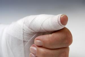 нарывает палец на руке что делать в домашних условиях