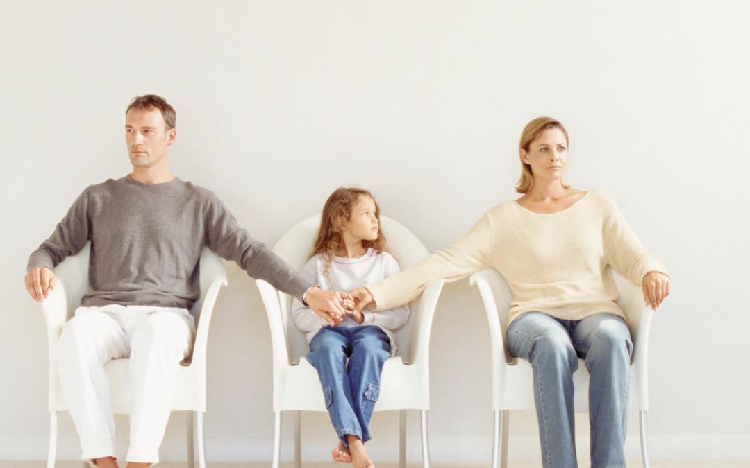 Выбор родителя при разводе придется