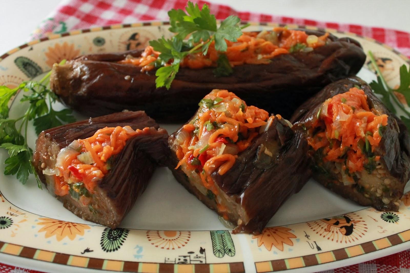 Баклажаны фаршированные зеленью и чесноком рецепт
