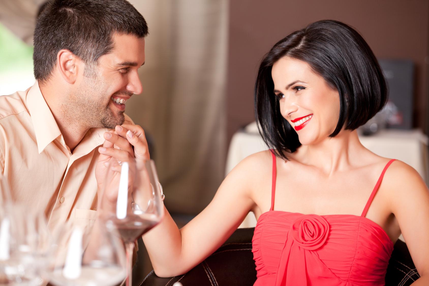 Смотреть девушка любит с мужем, Порно жены. Секс с женами. Любовники ебут чужих жен 3 фотография