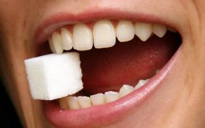 почему крошатся зубы у взрослого человека и что делать